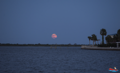 red-boat-tours-sightseeing-dolphins-tours-water-cruises-family-st.augustine-florida-full moon with land
